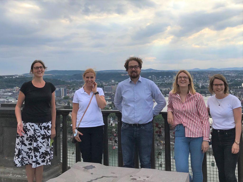 Stimmung gut, Wetter eher stürmisch: Das evm-Reallabor-Projektteam trifft sich in Koblenz.