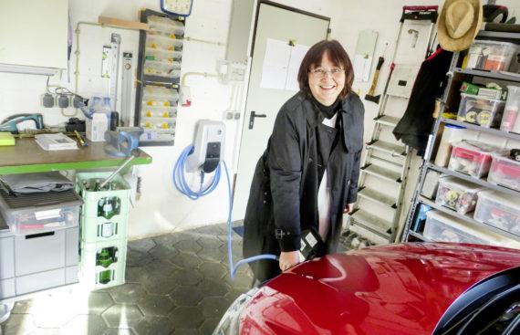 E-Mobilität: Feldtest untersucht Möglichkeiten, das Laden zu steuern
