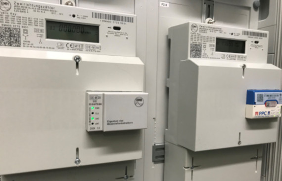 Thüga SmartService verbaut erstes EMH Smart Meter Gateway in Deutschland