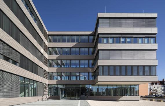 Stadtwerke Ulm / Neu-Ulm entscheiden sich beim Smart Meter Rollout für Thüga SmartService